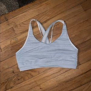 Med Athleta Sports Bra